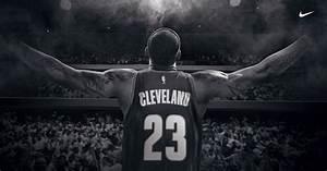 Nike Sort Une Publicit En Soutien LeBron James Et Aux