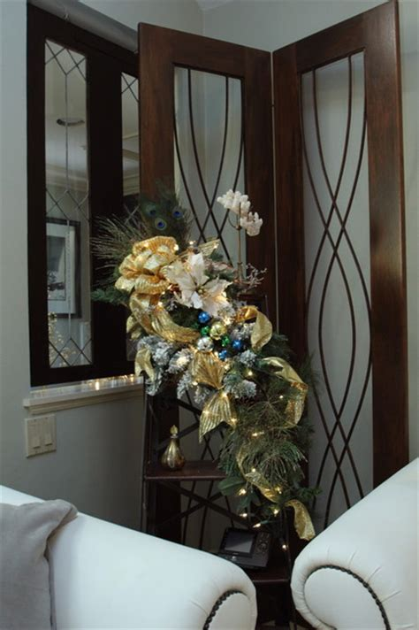 christmas decorating   pro traditional living