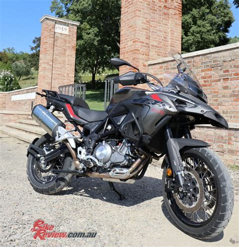 Review Benelli Trk 502x by 2018 Benelli Trk 502x Bike Review