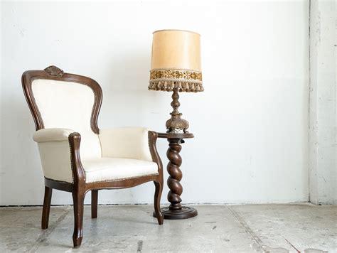 comment nettoyer une assise de chaise ou de fauteuil en tissu