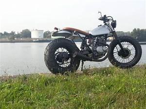 Suzuki Vanvan 125 : a little suzuki vanvan 125 as a cafe racer by phoenix motocycles a french bouclard phoenix ~ Medecine-chirurgie-esthetiques.com Avis de Voitures