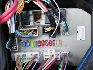 Relais Clio 2 : platine fondue au relais des feux de croisement clio iii aide technique auto ~ Gottalentnigeria.com Avis de Voitures