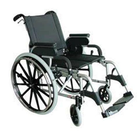 largeur fauteuil roulant handicape fauteuils roulants comparez les prix pour professionnels sur hellopro fr page 1