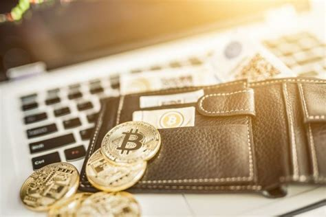 The term physical bitcoin is used to describe any physical coin that contains or has a digital bitcoin value attached to it. The different types of bitcoin wallets | Talk Business