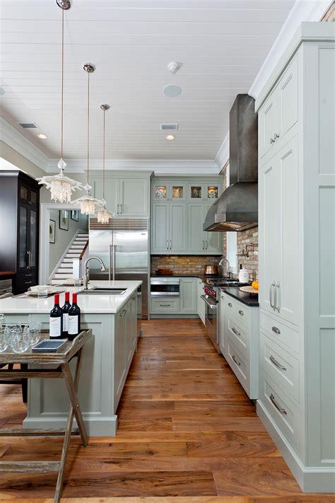 coastal kitchen   twist  detail interiors