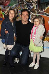"Jason Isaacs at the Premiere of ""Hop"" - Zimbio"