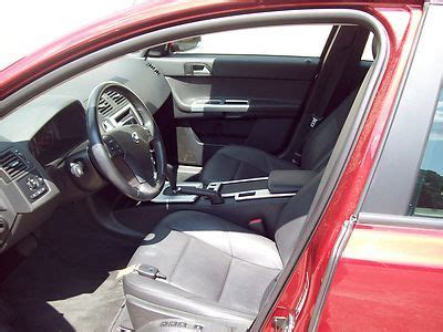 buy  red  volvo   door turbo  sedan