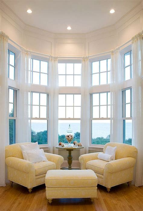 comfortable  charming oversized reading chairs