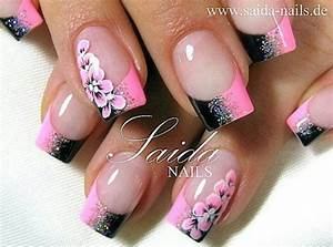 Love this pink and black nail design frenzy