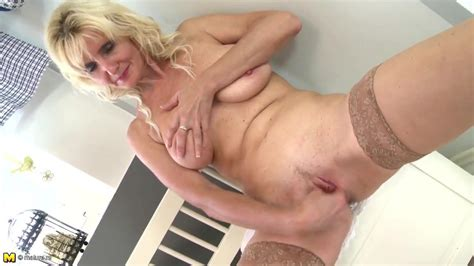 Sexy Old Mom With Saggy Tits And Thirsty Vagina Xhamster