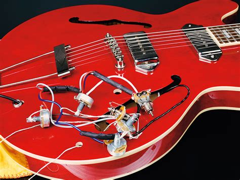 Wiring Harnes For Epiphone Dot 335 by How To Change The On A Gibson Es 335 Style Guitar