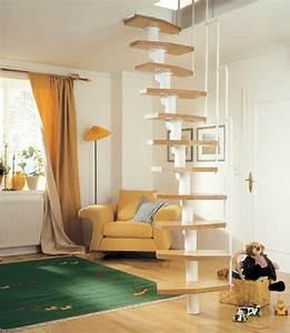 Stahltreppe Mit Holzstufen : platzsparende treppen 32 innovative ideen ~ Michelbontemps.com Haus und Dekorationen