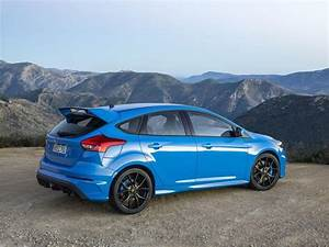 Ford Focus Rs Bleu : 9 facts you need to know about ford focus rs 2016 ~ Medecine-chirurgie-esthetiques.com Avis de Voitures