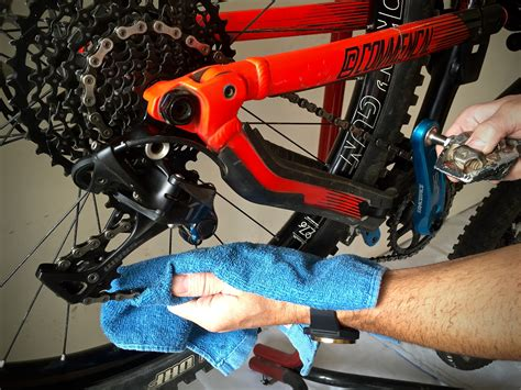 How To Lube Your Chain