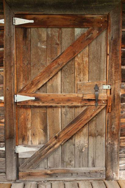 wooden door log cabin  stock photo public domain