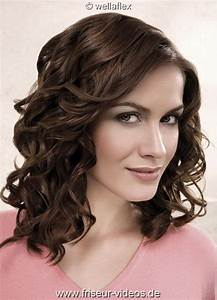 Frisuren Locken Mittellang : frisuren damen locken ~ Frokenaadalensverden.com Haus und Dekorationen