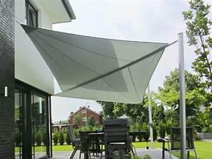 Sonnensegel terrasse sonne stilvoll geniessen pina designr for Sonnensegel terrasse