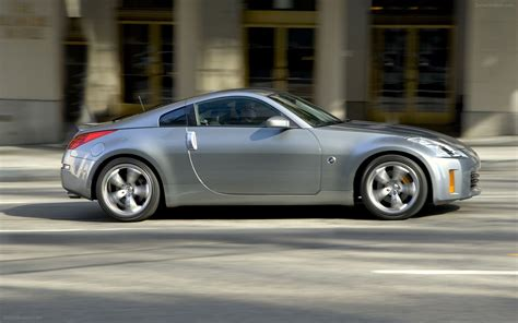 nissan coupe 350z nissan 350z coupe 2008 widescreen exotic car wallpaper