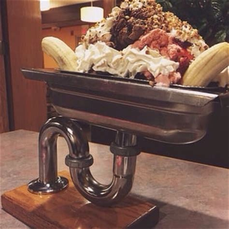 Kitchen Sink Stl Downtown by Colonial Cafe 34 Photos American Traditional