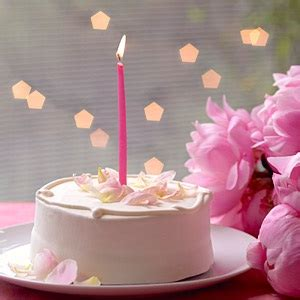 Simple Birthday Cake Decorating Ideas by Simple Decorations For Easy Beautiful Birthday Cakes