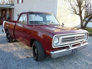 1972 Dodge D100 Short Bed Pick