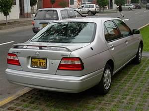 Vendo Nissan Bluebird 1999