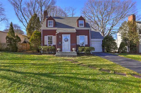 Associates Connecticut Fairfield County 150 Fairfield Place Fairfield Ct Fairfield County