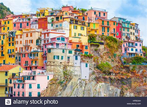 italy colorful houses colorful houses of manarola stock photos colorful houses