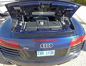 Review  2014 Audi R8 V10 Spyder
