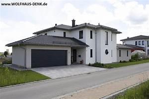 Fertighaus Anbau An Massivhaus : wolfhaus denk fertighaus mit walmdach eingangsbereich ~ Lizthompson.info Haus und Dekorationen