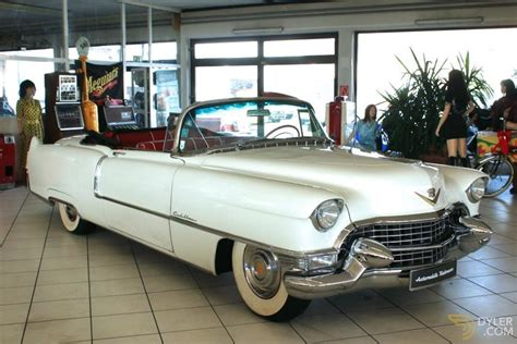 classic  cadillac  convertible  sale dyler