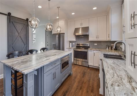 Quartzite Vs Granite Countertops by Quartz Vs Quartzite Countertops Plus Quartzite Pros