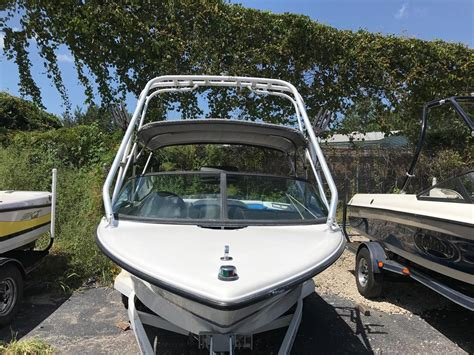 Used Wakeboard Boats For Sale Florida by 1995 Used Mastercraft Prostar 205 Ski And Wakeboard Boat