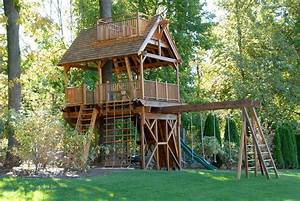 Treehouses for Kids for a Surprise Gift - HomeStyleDiary.com
