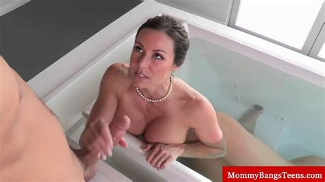 Busty Milf Caught In The Bath Sucks Cock On Gotporn 2797221