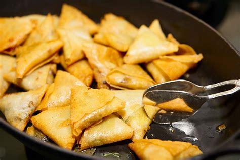 recette cuisine gastro recette samoussas réunion recettes réunionnaises samoussa