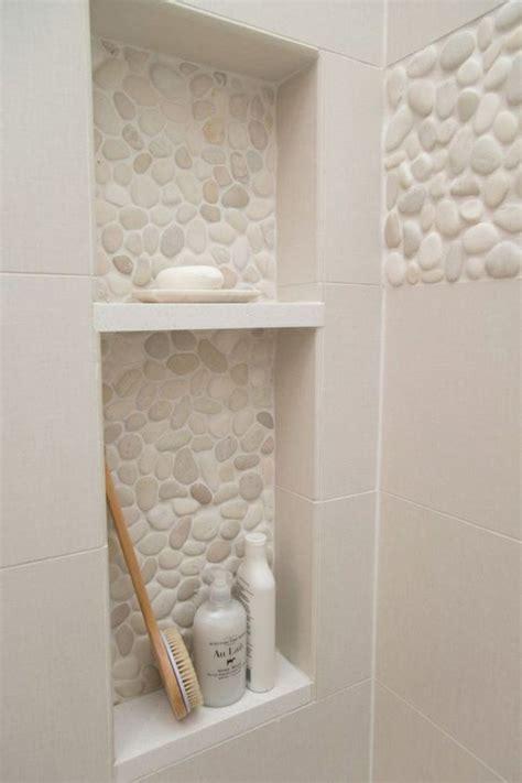 salle de bain carrelage beige le carrelage galet pratique rev 234 tement pour la salle de bain carrelage galet salle de bains