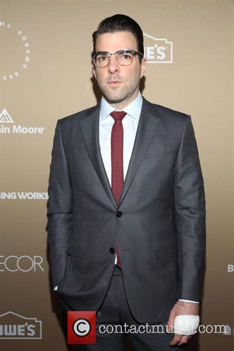 zachary quinto colbert zachary quinto pays tribute to late star trek beyond co