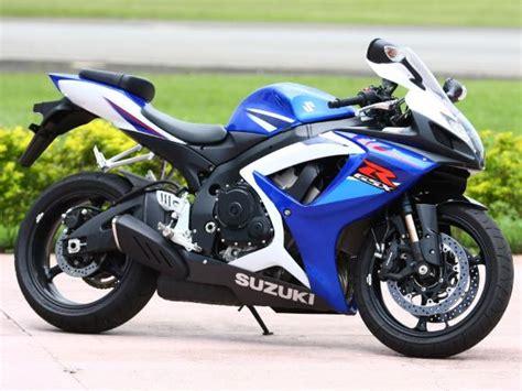 suzuki gsx    media superesportiva motocombr