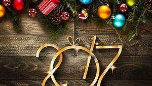 Holiday Season Decorations HD Wallpaper - WallpaperFX