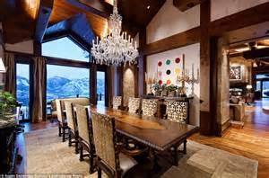mansion  aspens billionaire mountain    market