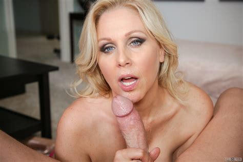 Julia Ann aeting spearm - Pichunter