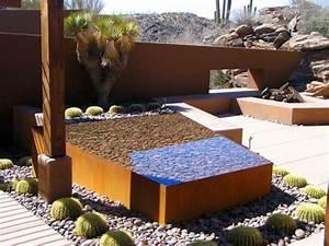 cloture acier corten et dautres applications du metal rouille With decoration allee de jardin 4 bordures de jardin decoratives en acier une innovation
