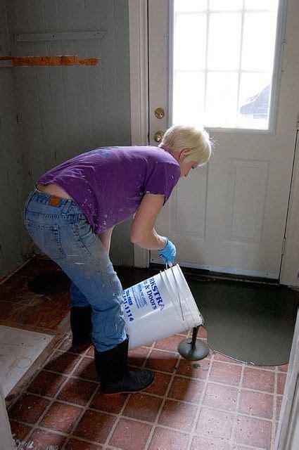 pour  levelling cement cement bathroom