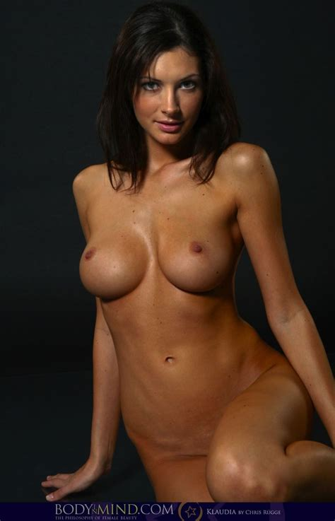 Klaudia Nude In Chocolate Free Body In Mind Picture Gallery At Elitebabes