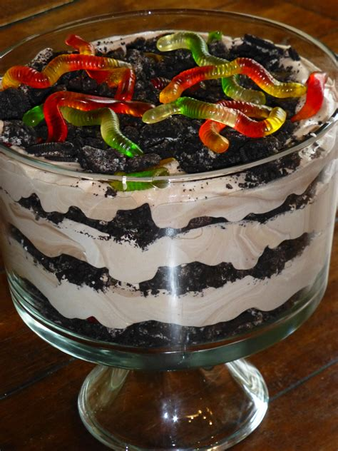 dirt cake with gummy worms the best dirt cake