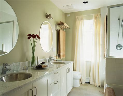 bathroom sanitary  clean  tips home