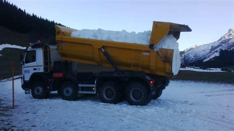 coupe du monde de ski de fond la clusaz utilise lac et sa neige de production pour
