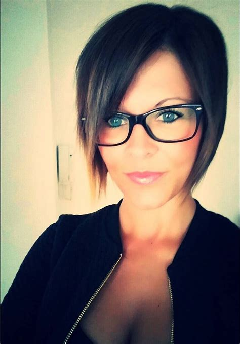 brianna sue pixie hairstyle   glasses beauty