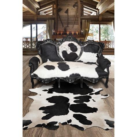tapis en vrai peau de vache noir  blanc